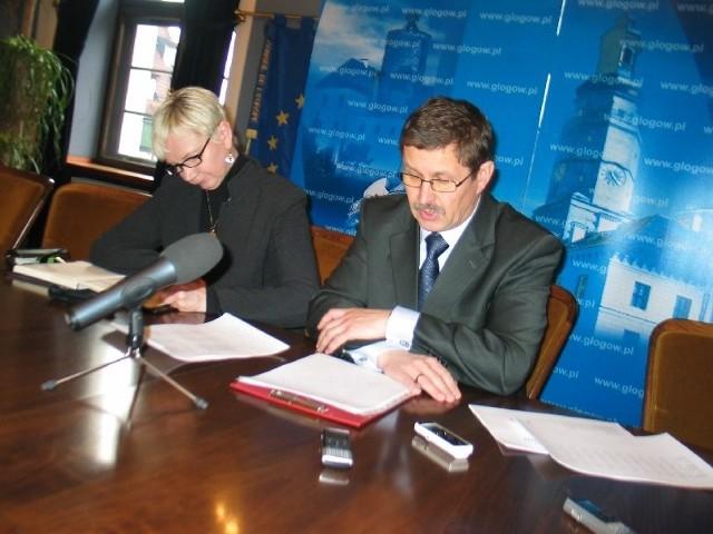 Prezydent Jan Zubowski na konferencji prasowej poinformował, że jednak zmienił decyzję