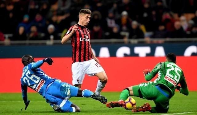 AS Roma - AC Milan transmisja na żywo online. Gdzie oglądać w internecie? Roma Milan darmowy stream. Transmisja TV transmisja online