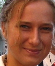 Magdalena Szewczyk z firmy Nieruchomości 4 Kąty w Kielcach: - Niewielu studentów szuka mieszkania przez agencje nieruchomości. Warto jednak ponieść dodatkowe koszty i skorzystać z usług profesjonalistów, szczególnie teraz, kiedy obowiązują przepisy.