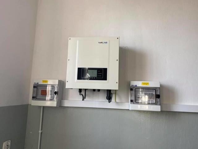 Remiza w Tynicy z nową instalacją elektryczną i panelami słonecznymi