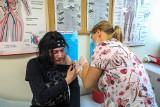 Trwają szczepienia w szczecińskich szkołach. Frekwencja wciąż słaba...