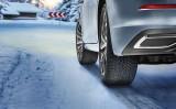 Specjalista przekonuje: jest wiele powodów, dla których trzeba zmieniać opony z letnich na zimowe.