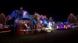 Około 70 tysięcy kolorowych lampek ozdobiło dom w Polkowicach