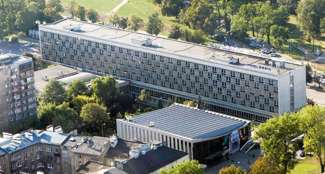 Właściciel budynku Cracovii planuje dwa biurowce: w miejscu głównej bryły i na jej tyłach
