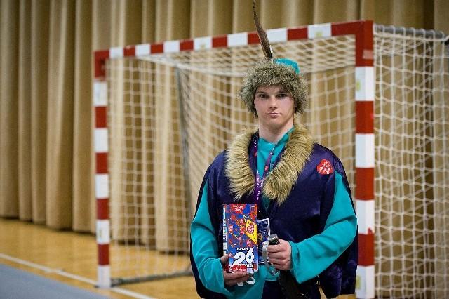W takim stroju Szymonowi nie był straszy mróz podczas świeckiego finału