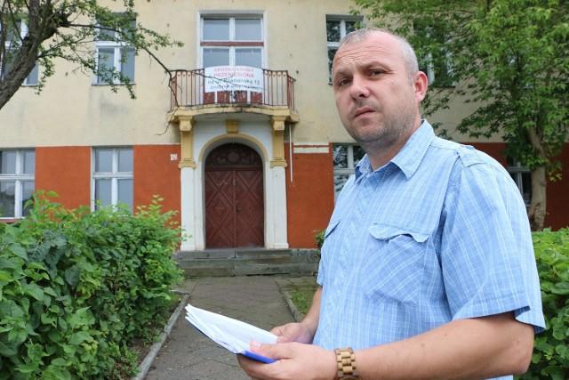 - Centrum ma powstać w dawnej szkole - zapowiada Zbigniew Moraczyński.