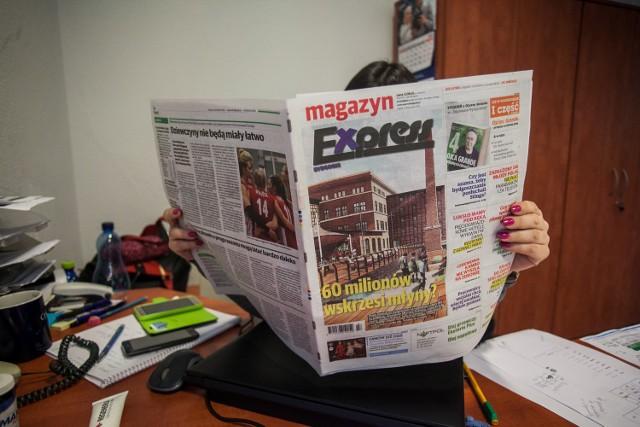 W większości bydgoskich urzędów i instytucji pracownicy przeglądając gazety, korzystają z wydań papierowych.