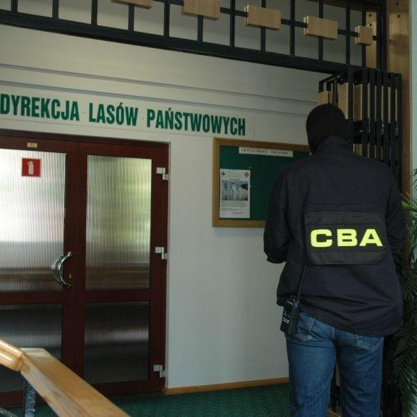 Funkcjonariusz CBA w białostockiej Regionalnej Dyrekcji Lasów Państwowych