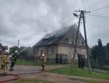 Zapalił się dom w powiecie obornickim. Do akcji bohatersko włączył się naczelnik jednostki OSP z Gościejewa