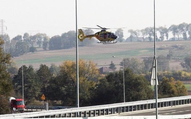 Kierujący motor został przetransportowany śmigłowcem LPR do szpitala. Na miejscu wypadku był przytomny. Obaj uczestnicy zdarzenia byli trzeźwi.