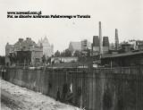 Toruń. Tak budowano most drogowy, tak kiedyś wyglądało jego otoczenie [archiwalne zdjęcia]