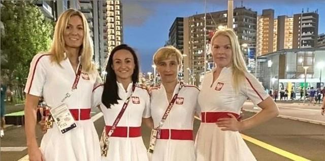 Sandra Drabik (druga z lewej) i pozostałe reprezentantki Polski w boksie.