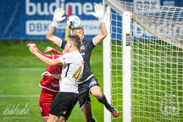 W Olsztynie Apklan Resovia prowadziła po pięknym golu Bartłomieja Wasiluka, ale straciła gola na 1:1 w doliczonym czasie.