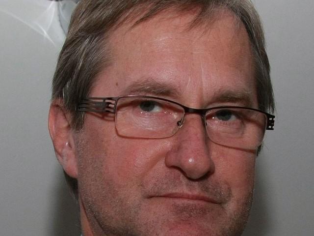 Nadzwyczajną sesję rady miejskiej zwołał jej przewodniczący Maciej Rębacz.