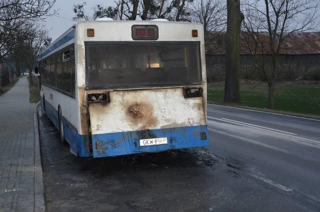 W autobusie zapalił się silnik