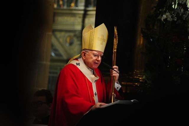 Abp Marek Jędraszewski odwołuje dyspensę od udziału w mszy św. w niedziele. Kościoły zapełnią się na nowo wiernymi?