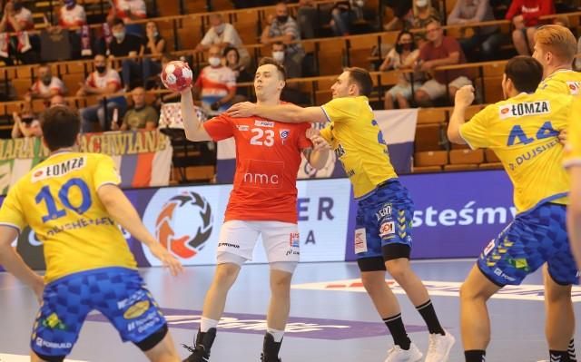 W pierwszej rundzie Łomża Vive Kielce wygrało w Zabrzu 31:24.