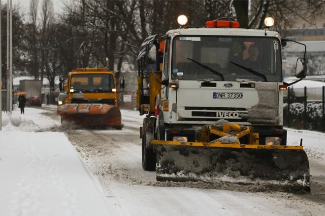 Atak zimy. Zdjęcie ilustracyjne.
