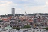 Katowice oszałamiają widokiem na miasto, Spodek, Park Śląski i Beskidy z wieży widokowej Muzeum Śląskiego. To szyb Warszawa II
