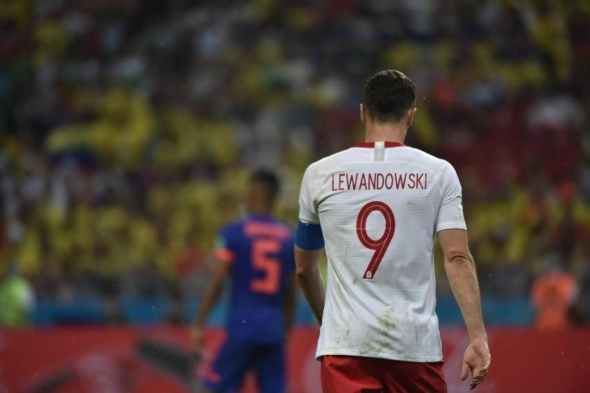 Lewandowski i wielkie imprezy do tej pory się gryzły. Jak...