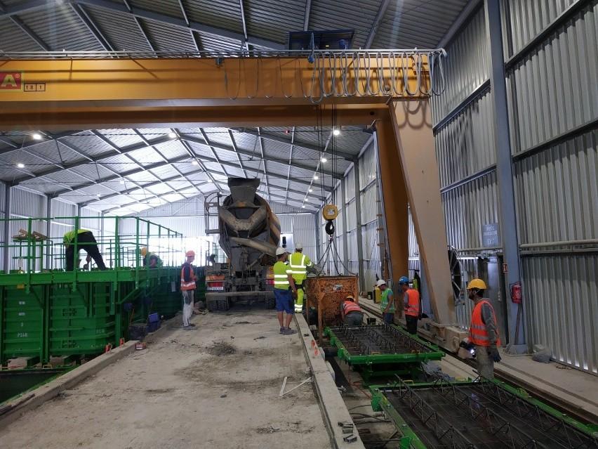 """Tunel pod Świną: betonowa """"kołyska"""" już czeka na maszynę TBM"""