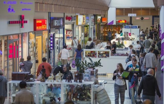 Centra handlowe pomagają medykom