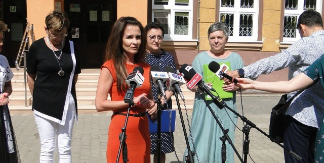 Wiceprezydent Katarzyna Kalinowska zapowiedziała, że wyniki badań posłużą do lepszego przygotowania nauki.