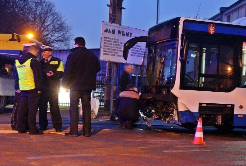 Wypadek autobusu w Gdyni
