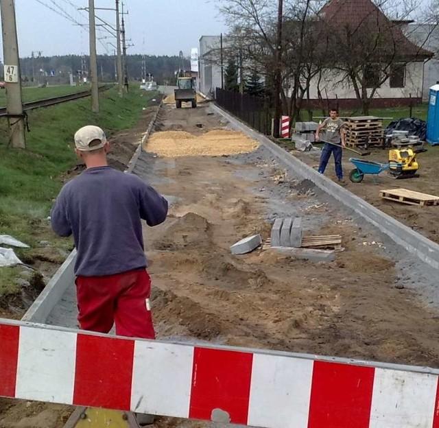 Nowa droga biegnąć będzie wzdłuż torów kolejowych.