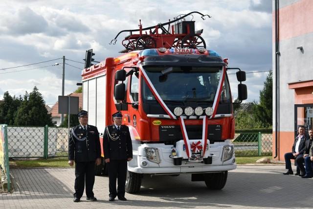 Wozy strażackie za frekwencję w wyborach
