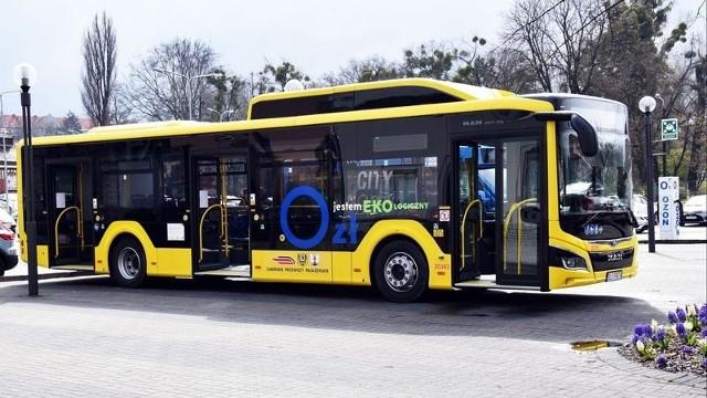 Ekologiczne autobusy były już w Rybniku testowane. Zobacz kolejne zdjęcia. Przesuwaj zdjęcia w prawo - naciśnij strzałkę lub przycisk NASTĘPNE