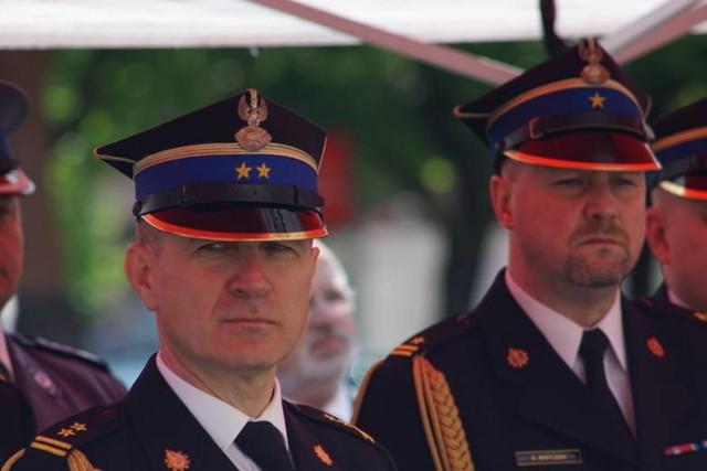 Brygadier Andrzej Bartkowiak (na zdjęciu z lewej), dotychczasowy dowódca wielkopolskich strażaków, został Komendantem Głównym Państwowej Straży Pożarnej