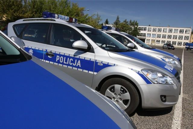 W poniedziałek 44-letni mężczyzna obrzucił radiowóz koktajlami Mołotowa. Trafił do aresztu