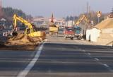 Budowa trasy S7 z Grójca do Warszawy. Odcinek do Tarczyna ma być gotowy jeszcze w tym roku. Zobacz wideo i zdjęcia!