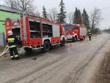 Pracowity weekend strażaków z Radomska. Gasili pożary poddasza, kotłowni, wanny i suchych traw