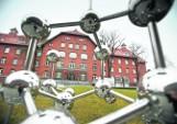 Prokurator znów w laboratoriach EIT Plus. Naukowcy oskarżeni