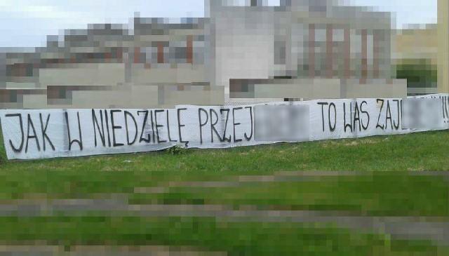 Taki transparent zawisł w okolicach stadionu przed meczem Lech Poznań - Legia Warszawa