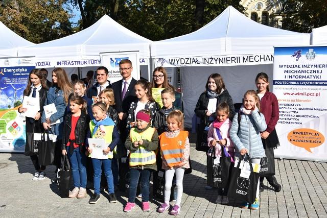 Prezydent Częstochowy, Krzysztof Matyjaszczyk z laureatami konkursów.