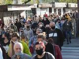 W Brzezinach marsz milczenia przeciw przemocy. Pamięci Ryszarda Jasińskiego