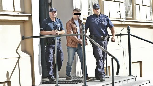 W poniedziałek, 26 września, przed zielonogórskim sądem okręgowym zeznawał brat Daniela Sz. oskarżonego o śmiertelne pobicie matki.