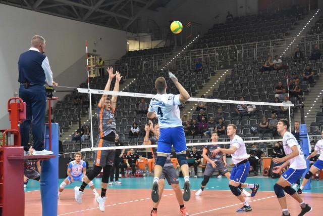 Stroitel Mińsk po porażce z Jastrzębskim Węglem przegrał też z Draismą Dynamem Apeldoorn.