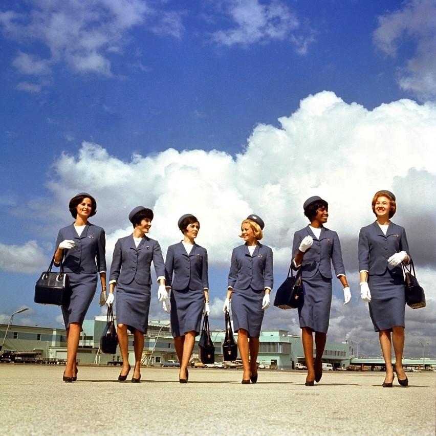 50 lat temu stewardessami mogły być tylko młode, piękne,...