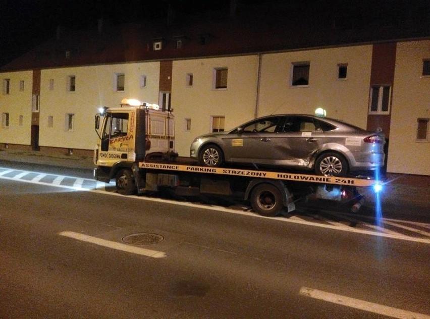 Nocna kolizja dwóch taksówek w Gorzowie (zdjęcia)