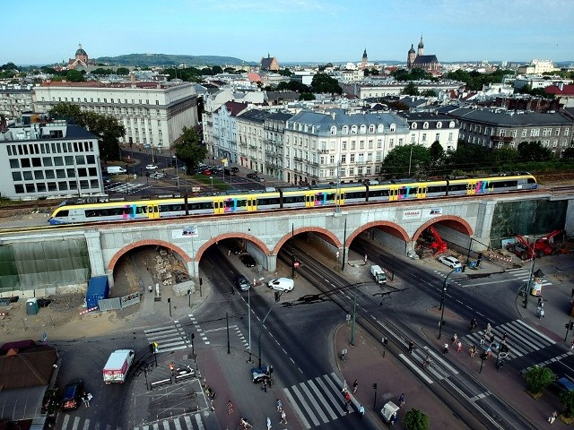Pierwsze pociągi po nowym torze przejechały 2 lipca wieczorem