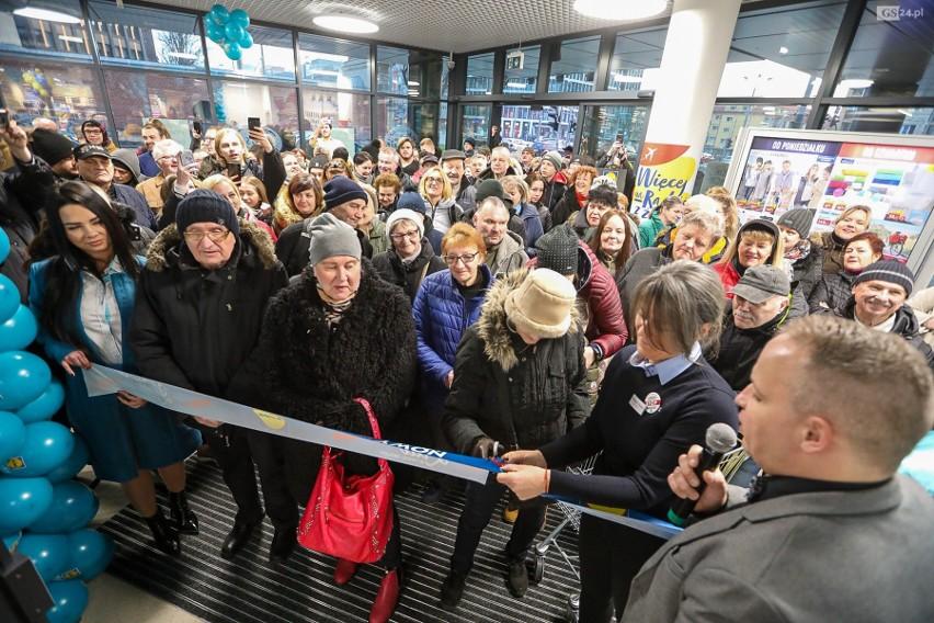 Otwarcie nowego Lidla w Szczecinie w biurowcu Posejdon