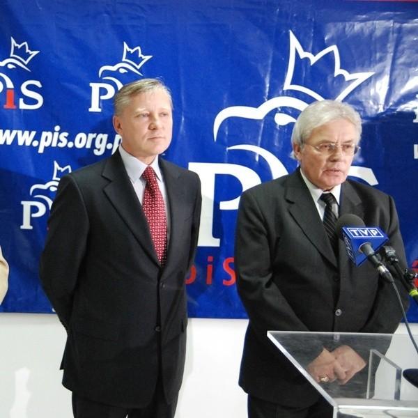 Kandydaci do Senatu z listy PiS: Jan Dobrzyński i Jan Szafraniec(od lewej).