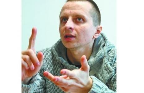 Krzysztof Karwowski z Grajewa jest Ambasadorem Akademii PARP. Nie tylko skorzystał z jej kursów, ale także pomaga innym w dostepie do tej wiedzy jako Latarnik Polski Cyfrowej.