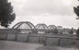 Most w Białobrzegach. Zobacz, jak wygladał w latach 30. ubiegłego wieku i w czasie II wojny światowej