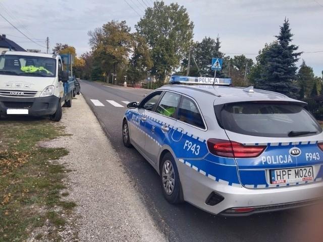 Auto dostawcze potrąciło na pasach 9-letnią dziewczynkę