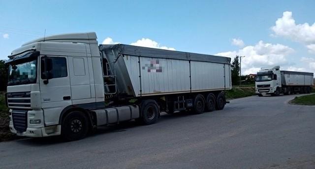 Kierowcy ciężarówek mieli przerobiony zapis na tachografach.
